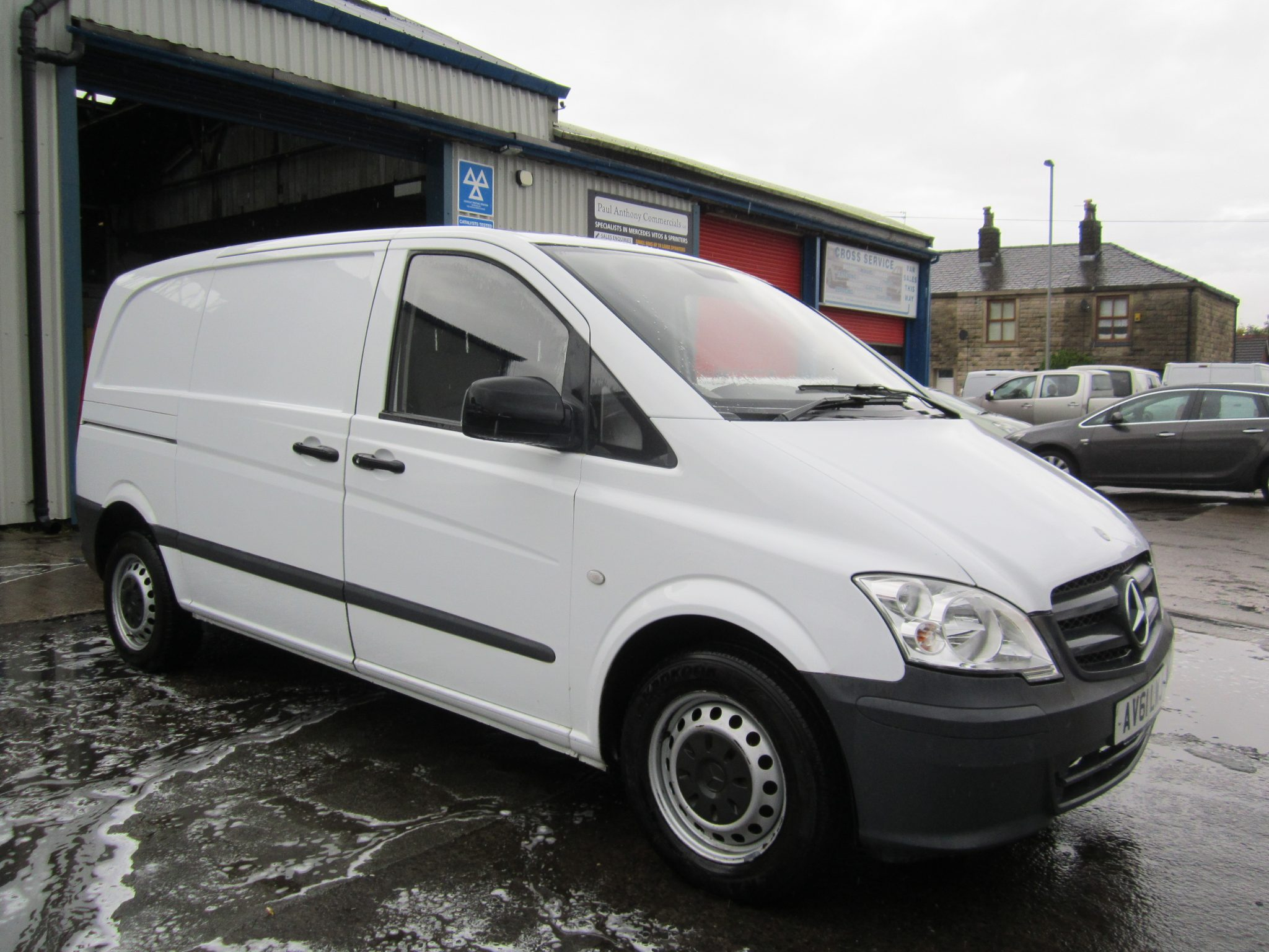 VITO 113 COMPACT WITH AIR CON